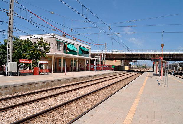 La estación de Valencia Fuente de San Luis. Foto: Ferropedia.es