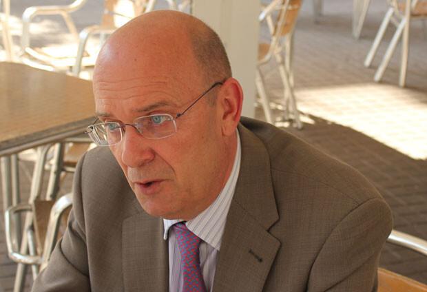 Félix Crespo, en un momento de su entrevista con Paco Varea. Foto: Javier Furió