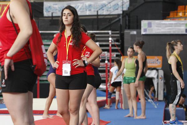 Un grupo de gimnastas realiza unos entrenamientos en la jornada de ayer/m.molines