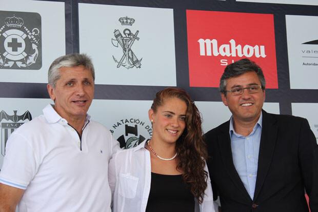 Rodríguez y Grau con la Campeona de España Infantil de Larga Distancia, Carolina Pradas. Foto: Javier Furió