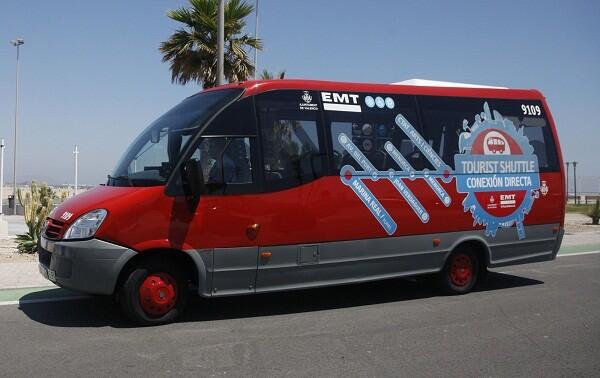 El uso del bus desde Cacsa hasta la Marina Real Juan Carlos I cuesta 2 euros/ayto vlc