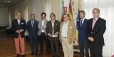 Los componentes de la mesa con el presidente de la Real Sociedad Valenciana/dival
