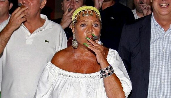 La artista española Sara Montiel que falleció hace dos meses recibe un tributo en Pinedo