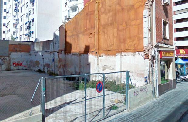 Solar de la calle Ricardo Verde, en el barrio de Mestalla.