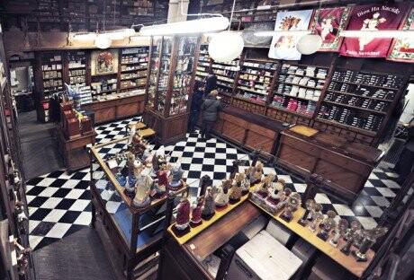 Interior de La Tienda de las Ollas
