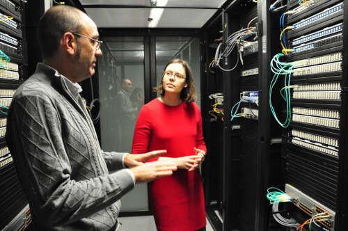 Sofia Bellés, en el nuevo Centro de Proceso de Datos (CPD).Google