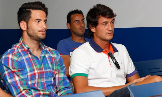 Hector Rodas, Rubén y Pedro López asistieron a la rueda de prensa de Iborra. Foto: Patricia Asencio / Levante UD