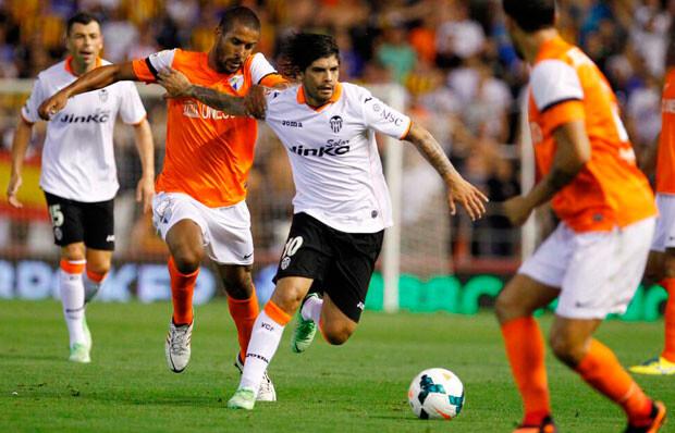 Éver condujo con criterio el equipo y fue el factor diferencial del Valencia CF. Foto: @valenciacf