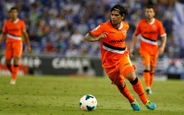 Banega no estuvo a su altura habitual contra el RCD Espanyol. Foto: Valencia CF