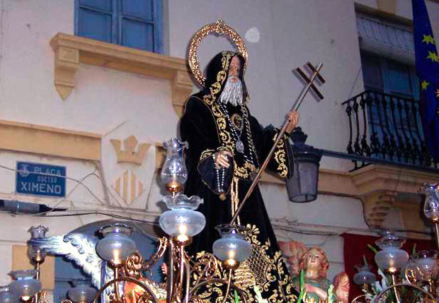 Imagen de San Francisco de Paula en las fiestas patronales de Benimamet. Foto: JL Díez Arnal