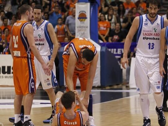 Claver, de Colo y Faverani, tres jugadores del Valencia Basket que han acabado yendo a la NBA. Foto: M. A. Polo