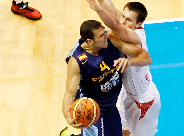 Pablo Aguilar, en su debut con la selección nacional. Foto: Alberto Nevado/FEB