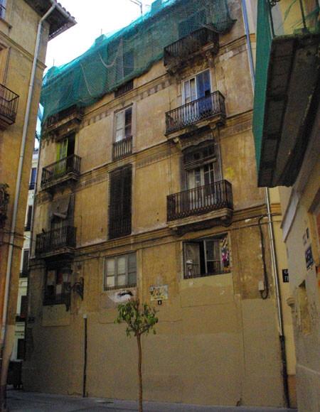 130914-Edificio-barrio-del-Carmen