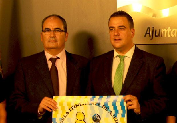 Francisco Cuevas y Miguel Bailach, presidente de la FACV y diputado de juventud y deportes de la Diputación, respectivamente. Foto: Javier Furió