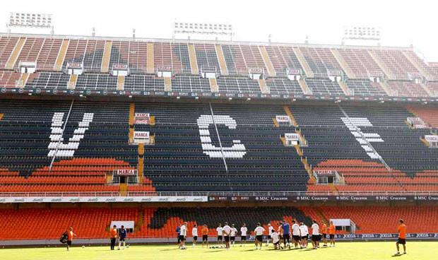Impresionante el aspecto del estadio que Mestalla ofrecerá a la afición cuando llegue para ver el partido. Foto: VCF