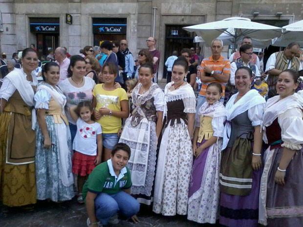 El Grup de Dança de la Falla Islas Canarias - Dama de Elche. Foto: Manuel Furió