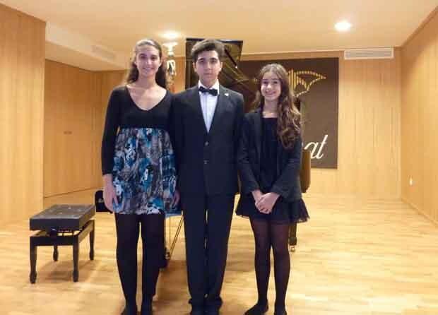 Guanyadors del XIX Concurs de Piano (d'esquerra a dreta): ANDREA BENABENT, FCO. JOSÉ GARCÍA I MARÍA LINARES.