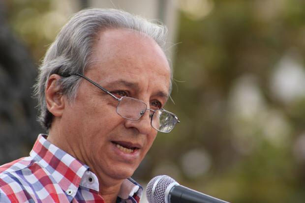 Francisco Morato, presidente de la AVTCV, durante su intervención. Los sentimientos, a flor de piel. Foto: Javier Furió
