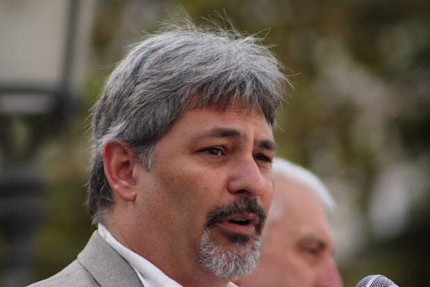 Pablo Ibáñez, presidente de la Asociación Profesional de Criminología de la Comunidad Valenciana, durante su intervención. Foto: Javier Furió