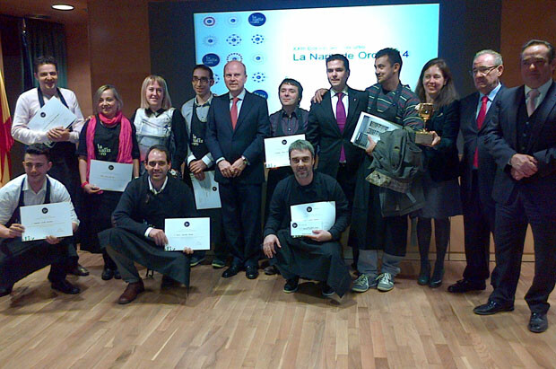 El conseller Máximo Buch con los semifinalistas de la Nariz de Oro