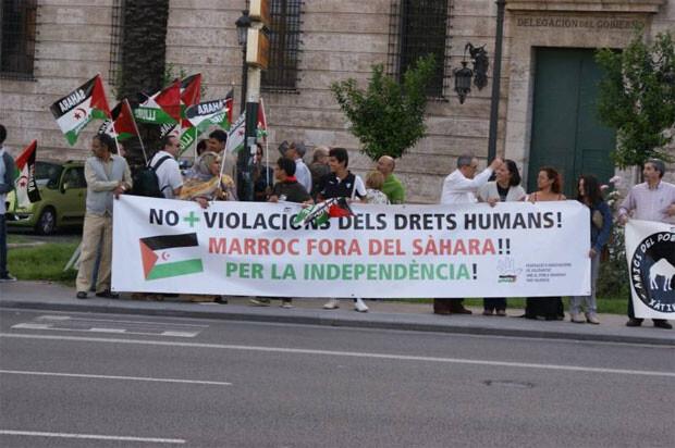 Concentración en contra de la violación de los derechos humanos por parte de Marruecos sobre el pueblo saharaui. Foto de archivo