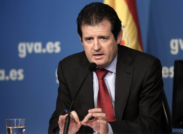 Rueda de prensa del conseller Ciscar, posterior al pleno del Consell. 05/12/2013. Foto. Calahorro.
