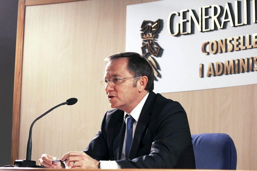 Administracio-Publica-Juan-Carlos-Moragues_ARAIMA20130228_0212_20-1