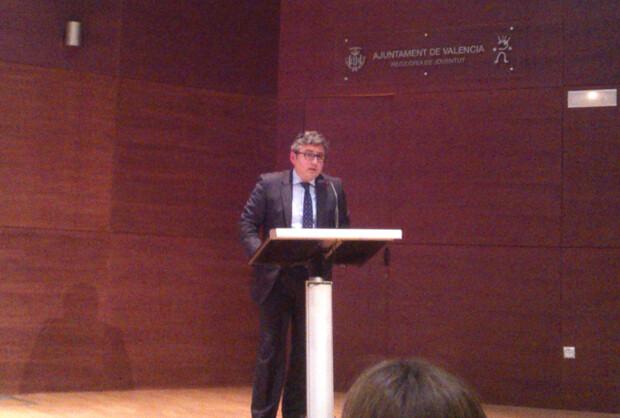 Cristóbal Grau Muñoz, Concejal de Deportes y Juventud, inaugura esta nueva edición del Foro Luis Vives