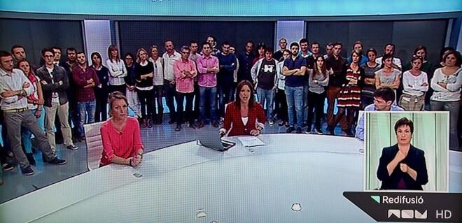 Momentos del informativo de RTVV antes del cierre