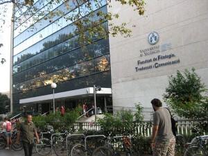 Facultad de Filología, de la Universitat (Campus Blasco Ibáñez). Foto: Javier Furió