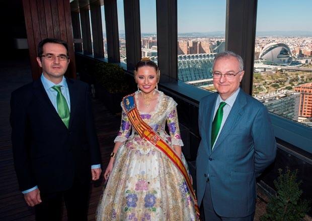 La Fallera Mayor visita la sede de IBERDROLA
