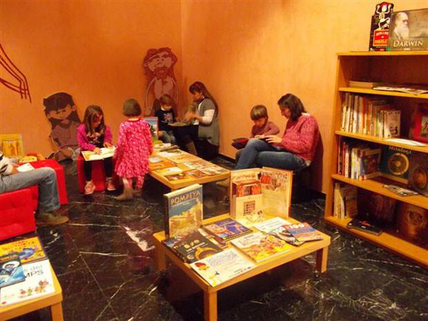 biblioteca-infantil-museu-prehistoria