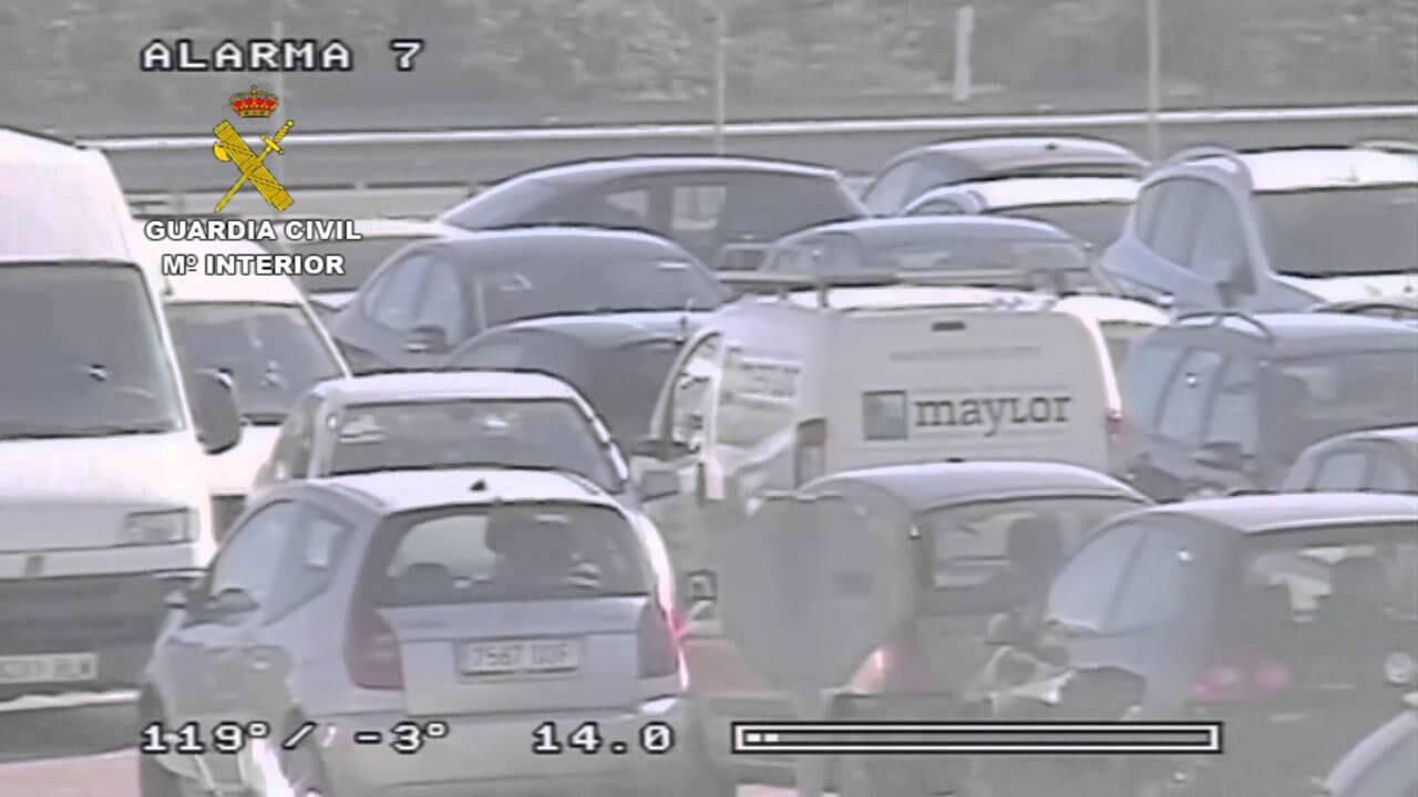 La Guardia Civil detiene a dos personas implicadas en diversos robos en el interior de vehículos en la localidad de Almussafes