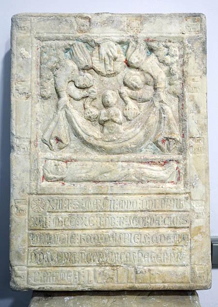 lapida-catedral-asaiz-press1