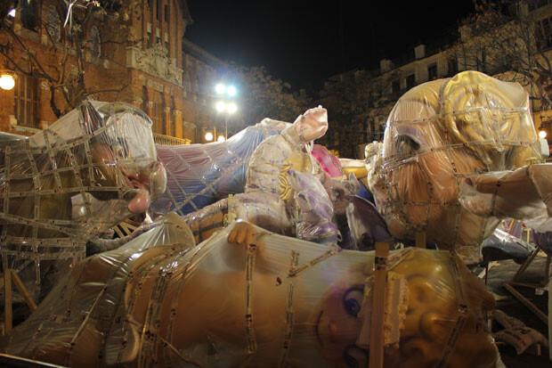 Falla Plaça del Mercat, dia 8 de marzo