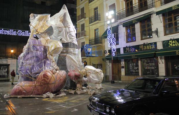 Falla Plaça de la Mercé, dia 8 de marzo