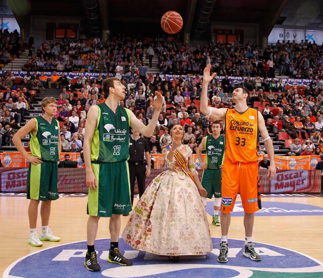 saque-de-honor-fmv-2014-valencia-basket-unicaja