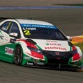 26818_Four_Civics_WTCC_Ready_For_Battle_In_The_Streets_of_Marrakech-600x399