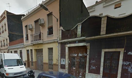 Berní y Catalá 32 bajo de Valencia   Google Maps