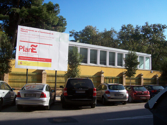 Biblioteca Trinidad (Plan E) exterior
