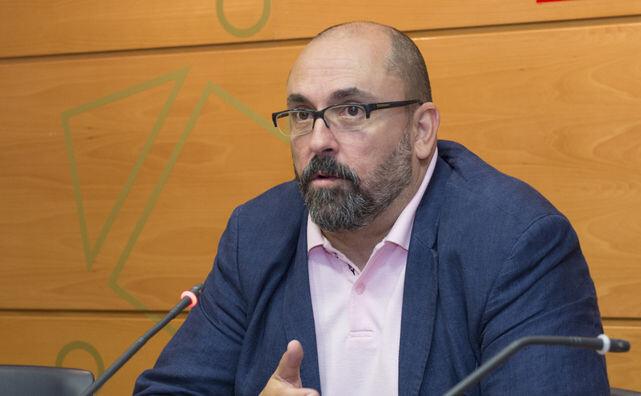 Enric-Nomdedeu-lider-Compromis_ECDIMA20140104_0001_16