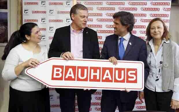 Presentacion y visita de las obras del  nuevo centro de BAUHAUS en Paterna. (Foto: Alberto Sáiz)