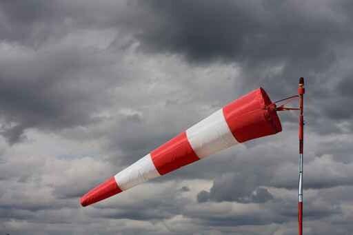 tempête vent fort rafale météo manche air brise direction décoll
