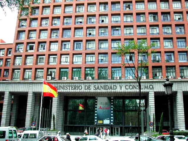 Fachada de la sede del Ministerio de Sanidad, en Madrid. Foto de archivo