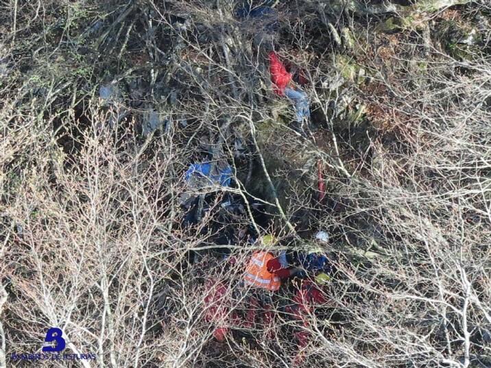 Un fallecido y 9 senderistas rescatados tras quedar enriscados en un pico en Sobrescobio