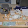 detiene a tres personas e interviene 944 gramos de cocaína y 17 envases con diferentes sustancias anabolizantes