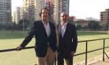 José Campos, director del Servei d'Educació Física i Esports de la Universitat de Valencia, y Jesús Gracia, presidente de la Federación de Hockey de la Comunitat Valenciana
