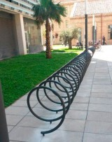 muelles-para-aparcar-bicicletas-ciudad-administrativa-9-d-octubre