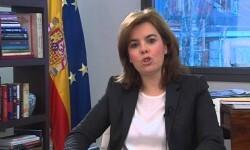 Sáenz de Santamaría reivindica el papel de las mujeres en la sociedad