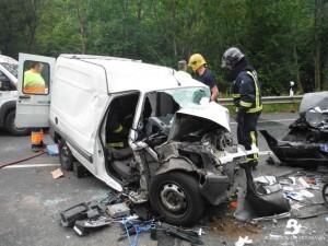 2014.06.30 ACCIDENTE DE TRÁFICO EN NAVA 1